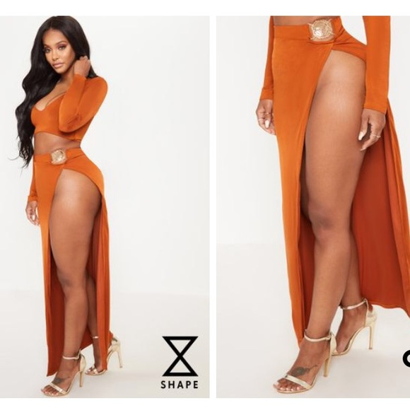 83a4e50434 PrettyLittleThing Skirts | Pretty Little Thing Extreme Slit Maxi ...